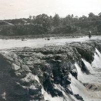 19570005