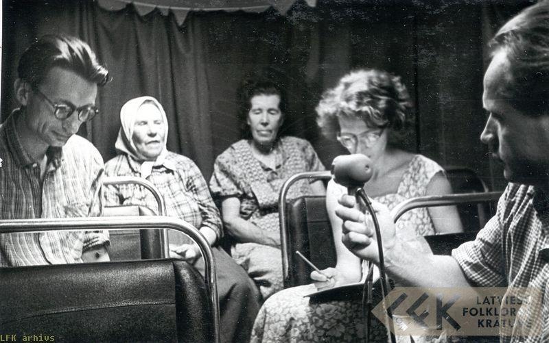 19610056.jpg