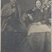Andžs Sniedze ar sievu Madi