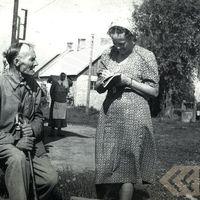 Ekspedīcijas dalībniece Alma Ancelāne un teicējs Jānis Andersons