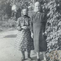 Teicējas Kristīne Melngaile un Alvīne Dreimane