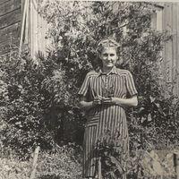 Folk narrator Alise Robežniece