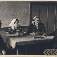 Teicēji Jānis Vilkaulis, Anna Vilkaule, Katrīne Grabovska un folkloras pētnieks Jānis Alberts Jansons