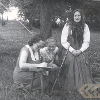 Alma Ancelāne collecting folklore