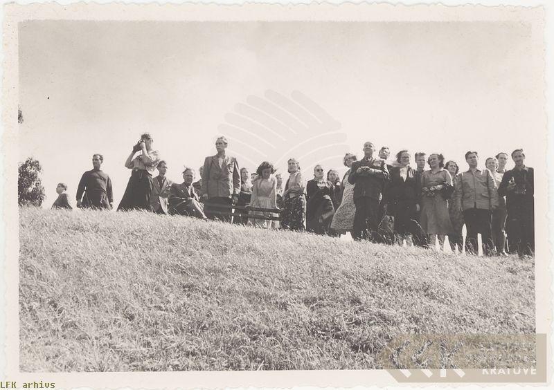 Folkloristi ekspedīcijā