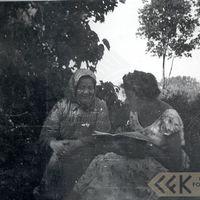Teicēja Feliciana Bidzāne un studente Staņislava Lune