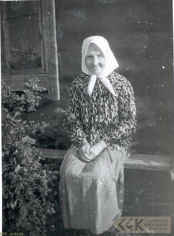 The folklore informant Eleonora Platace