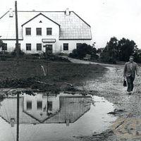 Folklorists Jānis Rozenbergs ceļā uz Embūti