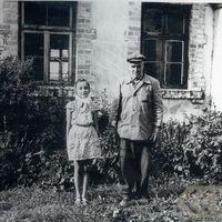 Teicējs Dāvids Štrādams ar meitu