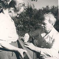 Ekspedīcijas vadītājs Jānis Rozenbergs un komponists Artūrs Salaks