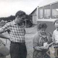 Folkloristi Laimdots Ceplītis, Renāte Tavare un Jānis Rozenbergs