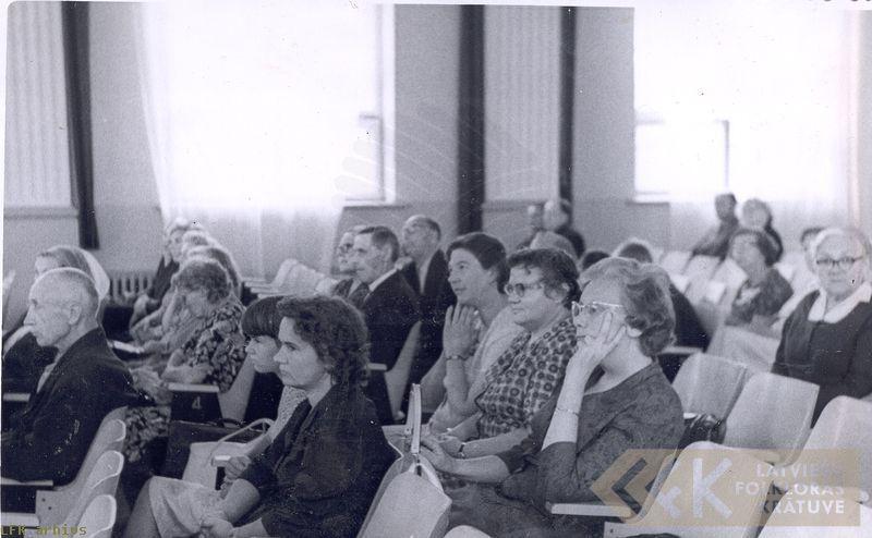Zinātniskās sesijas klausītāji