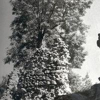 Trikāta castle ruins