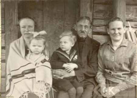 The Ozoliņš family, the best singers - Milda Ozoliņa and grandfather Ozoliņš