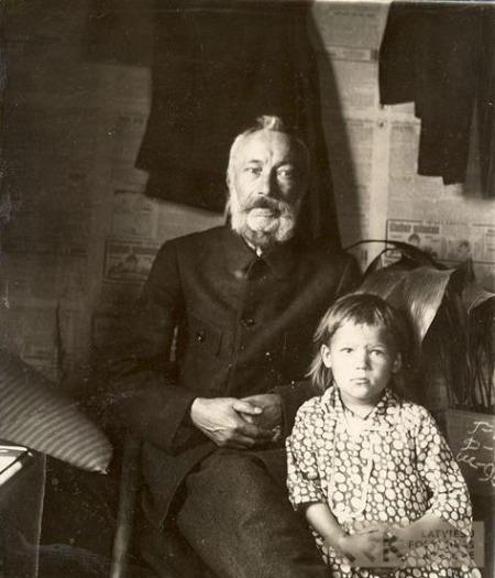 Folk singer Pīters Laizans