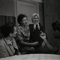 Ekspedīcijas dalībnieki Karmena Banga, Laimdots Ceplītis un teicējas Minna Cēbere, Anna Deruma