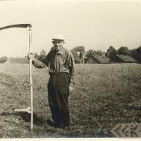 Kārlis Kreicmanis pļaušanas darbos