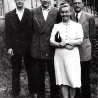 Jānis Dāvis ar ģimeni 1948. gadā Rotveilā