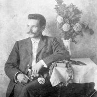 Talsu Valsts ģimnāzijas skolotājs un vēsturnieks Teodors Dzintarkalns