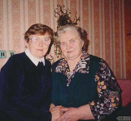 Silvija Priedniece ar māsīcu Ausmu