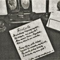 Aleksandra Čaka rokraksts un rakstāmgalds