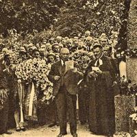 Piemiņas brīdis pie Rūdolfa Blaumaņa kapa