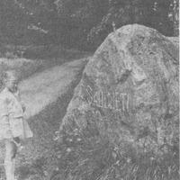 """Akmens """"Saulrietos"""" 1989. gadā"""