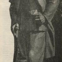 Laimoņa Blumberga veidotais piemineklis Eduardam Veidenbaumam
