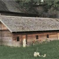 Miniatūra zemnieku sēta pie Pastariņa muzeja