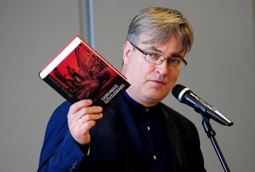Tikšanās ar rakstnieku un kultūras žurnālistu Arno Jundzi